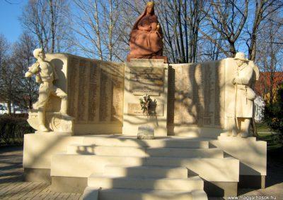 Mórahalom I.világháborús emlékmű 2015.02.14. küldő-Emese