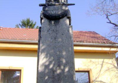 Madocsa I. vh emlékmű 2012.03.25. küldő-baloghzoli