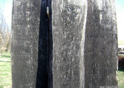 Madocsa II. vh emlékmű 2012.03.25. küldő-baloghzoli (6)