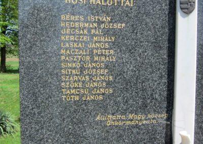 Magy világháborús emlékmű 2012.04.27. küldő-kalyhas (3)