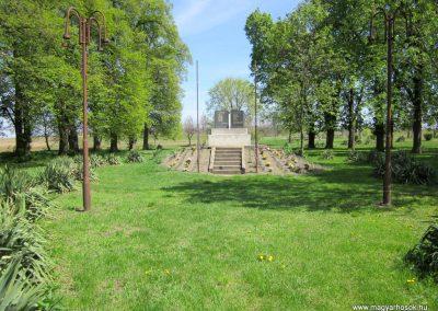 Magy világháborús emlékmű 2012.04.27. küldő-kalyhas