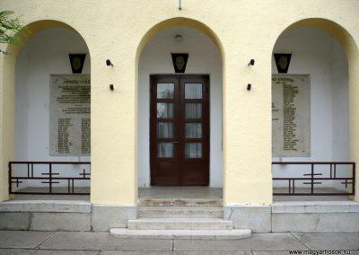 Magyarcsanád hősök háza 2012.07.13. küldő-Sümec (1)