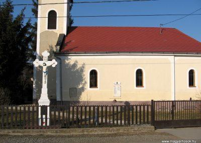 Magyargéc világháborús emléktáblák 2011.03.12. küldő-kalyhas