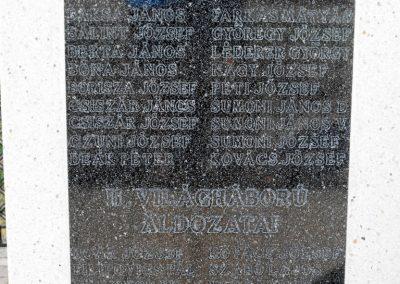 Magyarmecske világháborús emlékmű 2012.08.01. küldő-KRySZ (5)