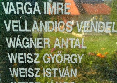 Magyarpolány világháborús emlékmű 2013.10.06. küldő-Méri (14)