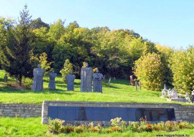 Magyarpolány világháborús emlékmű 2013.10.06. küldő-Méri