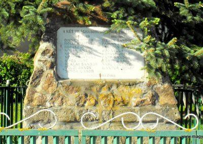 Magyarszecsőd világháborús emlékmű 2012.05.05. küldő-gyurkusz (1)
