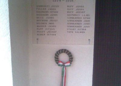 Magyarszentmiklós I.vh emléktábla a temetőben 2010.11.01. küldő-Sümec