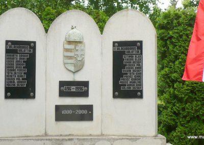 Magyarszombatfa világháborús emlékmű 2009.05.23. küldő-Ágca (4)