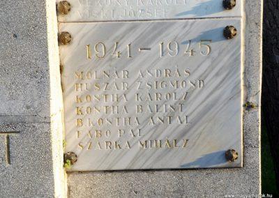 Majosháza világháborús emlékmű 2015.10.31. küldő-kalyhas (6)