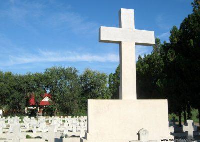 Makó katolikus temető megújult emlékműés katonasírok 2018.09.16. küldő-Bali Emese (9)