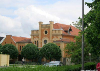 Makó orthodox zsinagóga I. és II. világháborús emléktáblák 2015.05.07. küldő-Emese