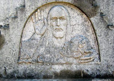 Makó temető, I. világháborús emlékmű és világháborús katonasírok 2015.05.07. küldő-Emese (2)