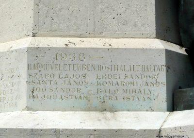 Makó világháborús emlékmű 2012.07.13. küldő-Sümec (12)