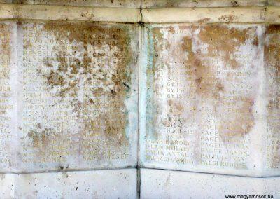 Makó világháborús emlékmű 2012.07.13. küldő-Sümec (24)
