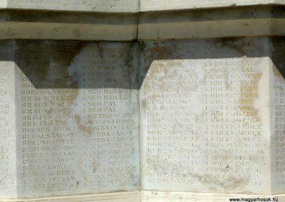 Makó világháborús emlékmű 2012.07.13. küldő-Sümec (9)