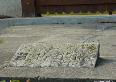 Makfalva világháborús emlékmű 2009.08.23.küldő-Ágca (1)