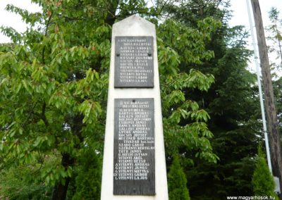 Makkoshotyka világháborús emlékmű 2010.06.20. küldő-Ágca (2)