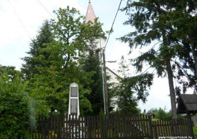 Makkoshotyka világháborús emlékmű 2010.06.20. küldő-Ágca