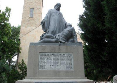 Maklár világháborús emlékmű felújítás után 2010.07.19. küldő-kalyhas (1)