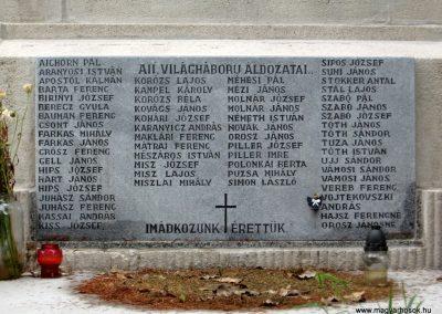 Maklár világháborús emlékmű felújítás után 2010.07.19. küldő-kalyhas (3)
