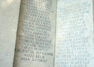 Marcali II. világháborús emlékmű 2012.08.16. küldő-Sümec (16)