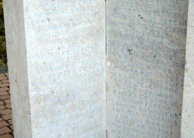 Marcali II. világháborús emlékmű 2012.08.16. küldő-Sümec (28)