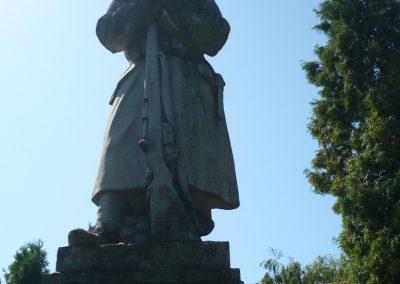 Marcaltő világháborús emlékmű 2009.07.24.küldő-Sümec (1)