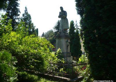 Marcaltő világháborús emlékmű 2009.07.24.küldő-Sümec