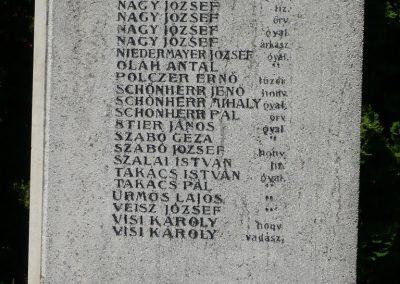 Marcaltő világháborús emlékmű 2009.07.24.küldő-Sümec (7)
