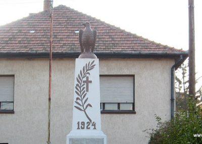 Markaz vi lágháborús emlékmű 2008.10.13. küldő-Kályhás (1)