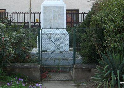 Markaz vi lágháborús emlékmű 2008.10.13. küldő-Kályhás (2)