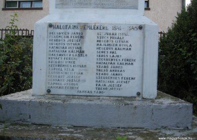 Markaz vi lágháborús emlékmű 2008.10.13.küldő-Kályhás (3)