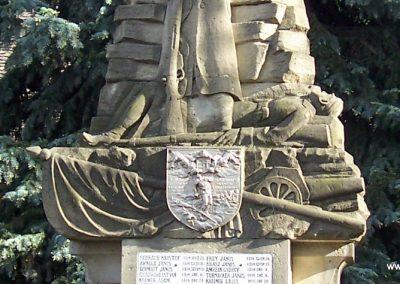 Mecseknádasd világháborús emlékmű 2007.05.10. küldő-Horváth Zsolt (4)