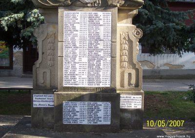 Mecseknádasd világháborús emlékmű 2007.05.10. küldő-Horváth Zsolt (5)
