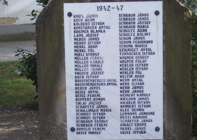 Mecseknádasd világháborús emlékmű 2007.05.10. küldő-Horváth Zsolt (7)