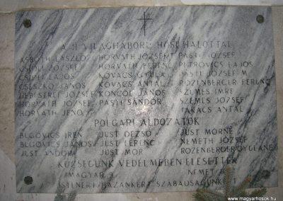 Meggyeskovácsi-Rábakovácsi világháborús emléktáblák 2008.01.27. küldő-Tamás2 (3)