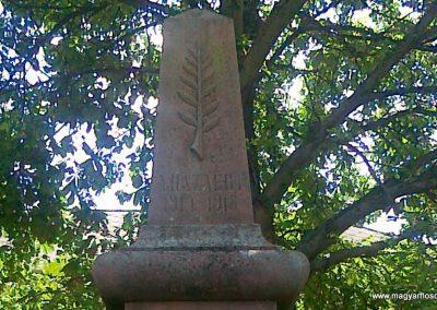 Mencshely világháborús emlékmű 2010.08.12. küldő-Csiszár Lehel (1)