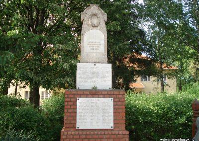 Mende világháborús emlékmű 2007.05.21.küldő-Petrás Mátyás (4)