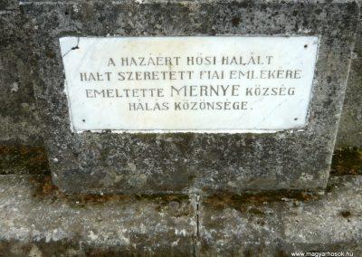 Mernye világháborús emlékmű 2012.04.14. küldő-Sümec (1)