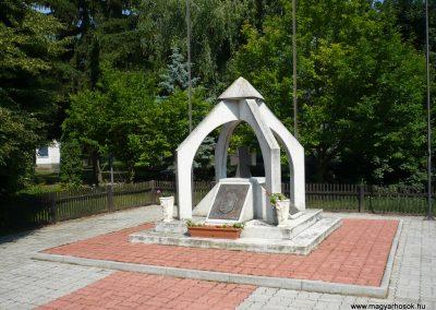Mersevát világháborús emlékmű 2009.07.01.küldő-Sümec