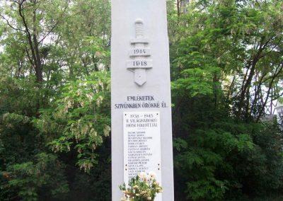 Mesterszállás világháborús emlékmű 2009.05.14. küldő-miki (1)