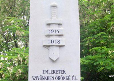 Mesterszállás világháborús emlékmű 2009.05.14. küldő-miki (3)