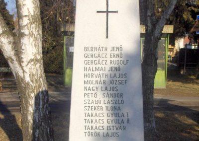 Meszlen II.vh emlékmű 2009.01.08. küldő-gyurkusz (2)