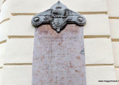 Mesztegnyő I. világháborús emléktáblák 2014.10.25. küldő-kalyhas (3)