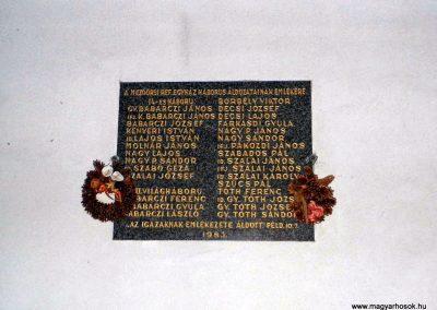 Mezőörs, I. világháborús emléktábla, református templom falán