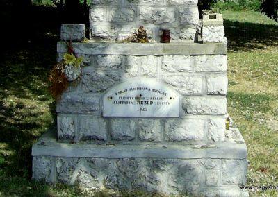 Meződ világháborús emlékmű 2011.07.14. küldő-Bagoly András (5)