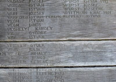 Mezőfalva II. világháborús emlékmű 2012.08.31. küldő-Baloghzoli (6)