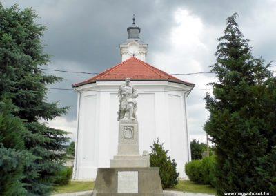 Mezőszentgyörgy világháborús emlékmű 2016.06.08. küldő-Méri