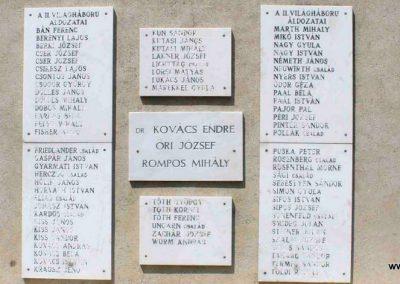 Mezőszilas világháborús emlékmű 2007.08.21. küldő-Hunmi (4)